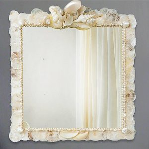 Specchio con capiz di madreperla