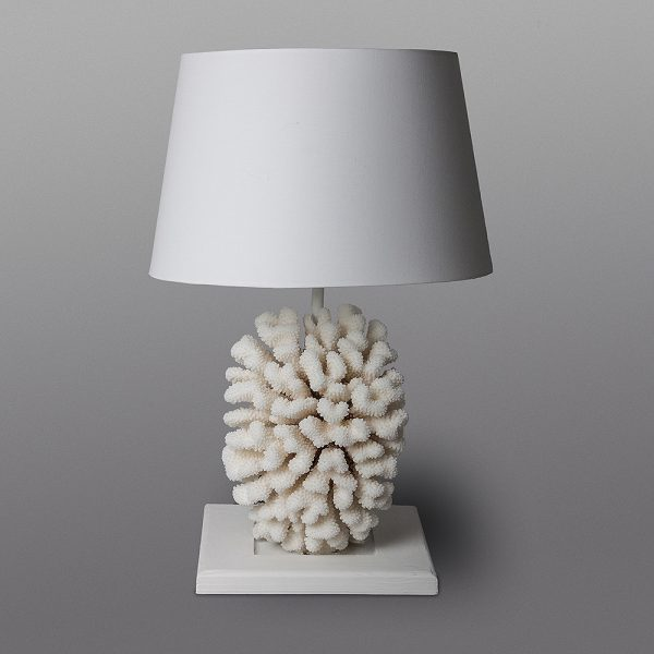 Lampada con corallo